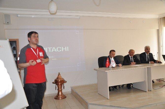 Türk Kızılayı'ndan Aday Öğretmenlere Mesaj