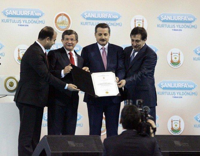 Şanlıurfa'ya İstiklal Madalyası Verildi