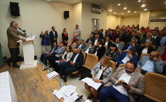 """Başkan Karabağ: """"Cami Avlusuna Bırakılmış Çocuk Gibiyiz"""""""