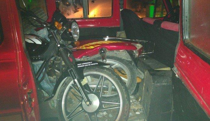 Tavşanlı'da Motosiklet Hırsızları Tutuklandı