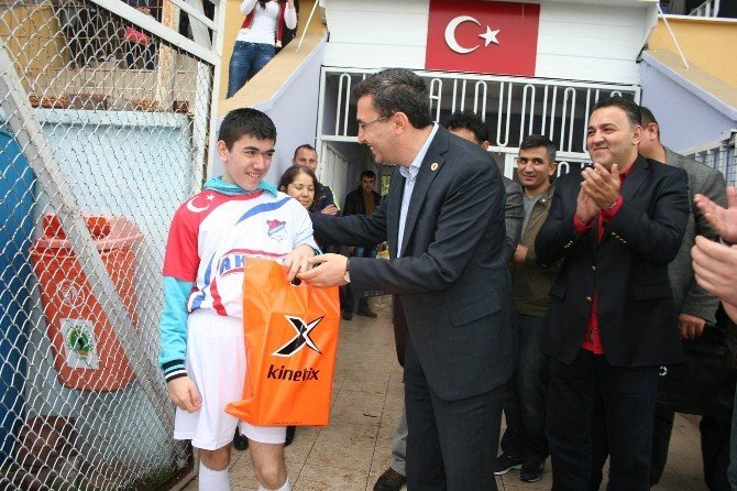 Fiziksel Engelli Gencin Futbol Hayalleri Gerçek Oldu