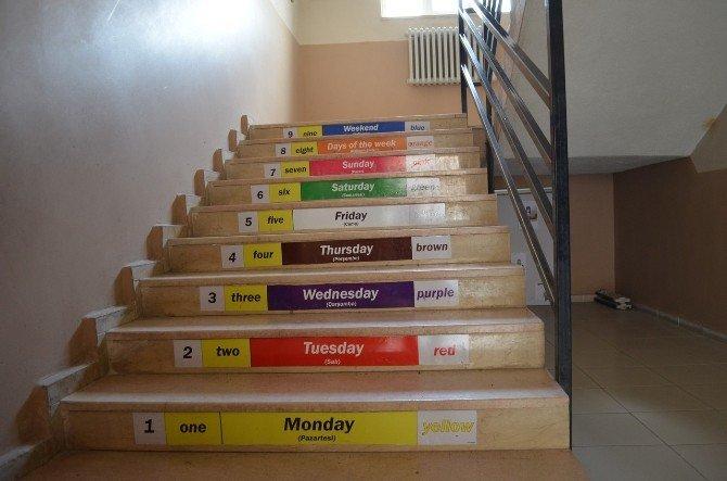 Adilcevaz'da Öğrencilere Gizil Öğrenme Tekniği İle Eğitim