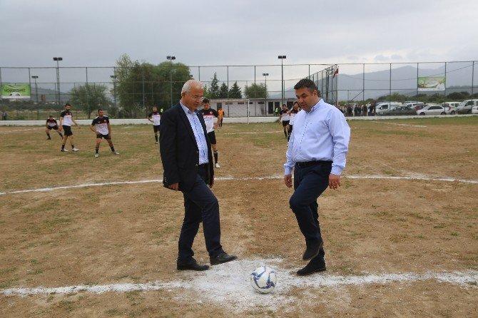 Karakuyu'da Futbol Rüzgarı Başladı