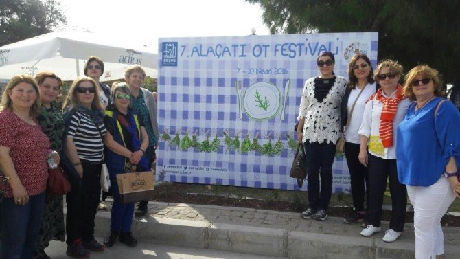 Kadın Meclisi Alaçatı Ot Festivali'nde