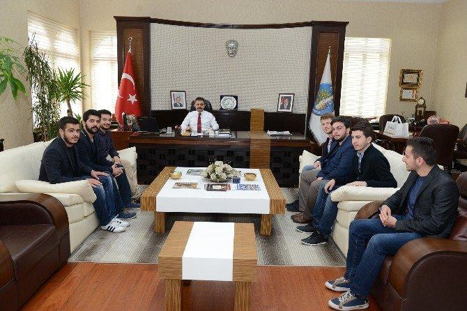 Hukuk Öğrencilerinden Başkan Külcü'ye Ziyaret
