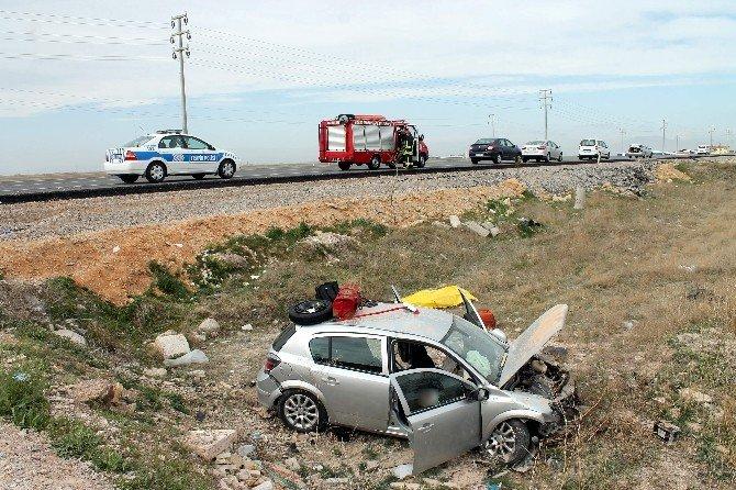 Anne Ve Kızı Hastane Yolunda Kazada Öldü