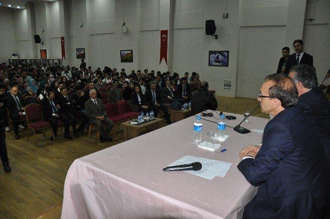 Muş Ve Osmaniye Valileri Öğrencilere Tecrübelerini Anlattı