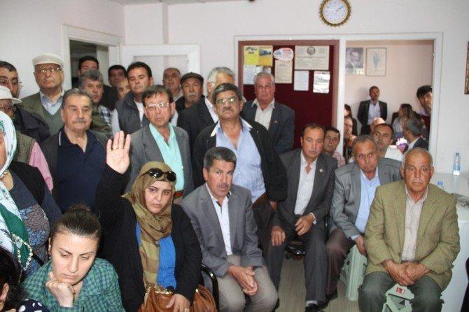 AK Parti'li Öztürk Milas'ta Vatandaşları Dinledi