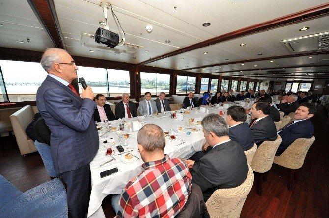 """Başkan Yılmaz: """"Deniz Kenarında Yer Yok, OSB'ler Yatırımcı Bekliyor"""""""