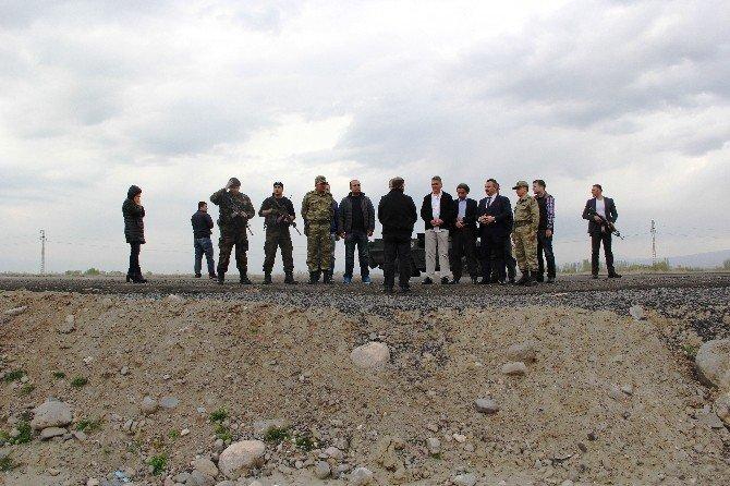 Iğdır'da 13 Şehit Polis Dualarla Anıldı