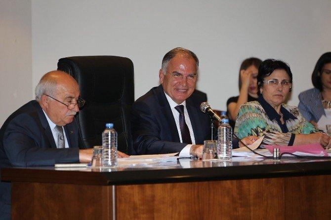 Selçuk Belediye Meclisinde Denetleme Ve Faaliyet Raporları Görüşüldü