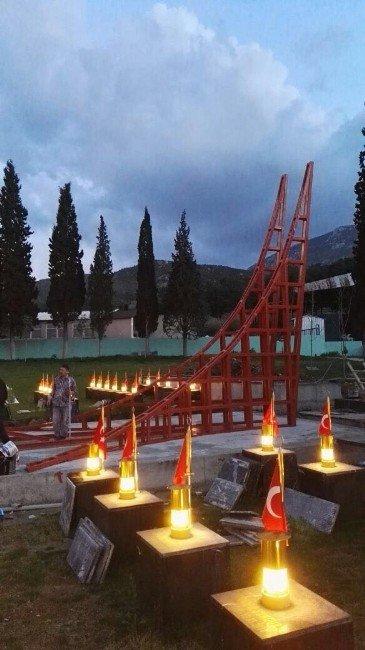 Soma Maden Şehitliği Anıtının Kaidesinde Sona Gelindi