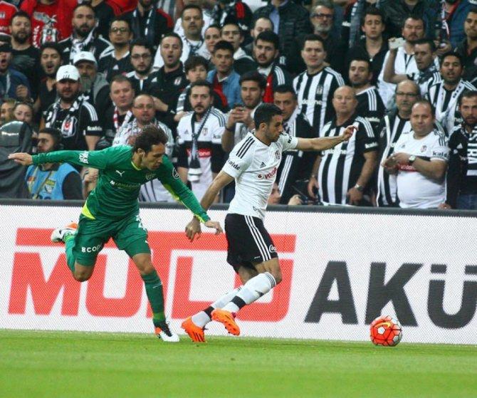 Beşiktaş: 1 - Bursaspor: 1 (İlk yarı)