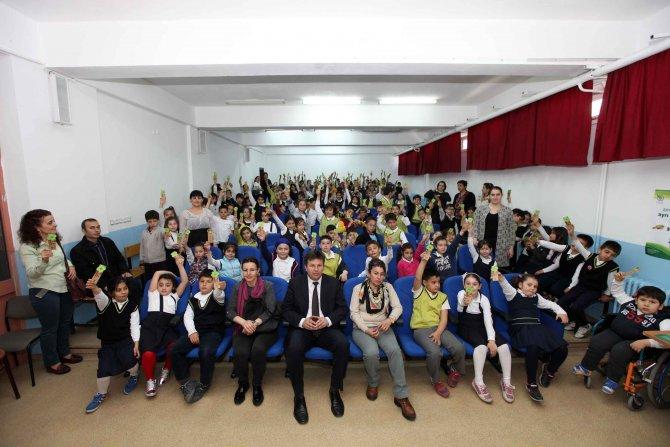 500 öğrenciye geri dönüşüm eğitimi verildi