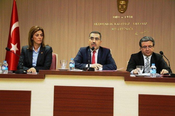 Yüreğir Belediyesi 2015 Yılı Faaliyet Raporu Onaylandı