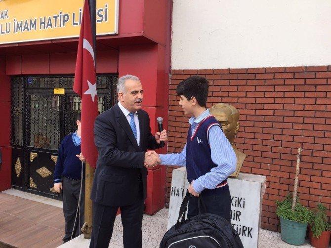 Zonguldak Aihl Ortaokulu Ödül Serisine Yenilerini Ekledi