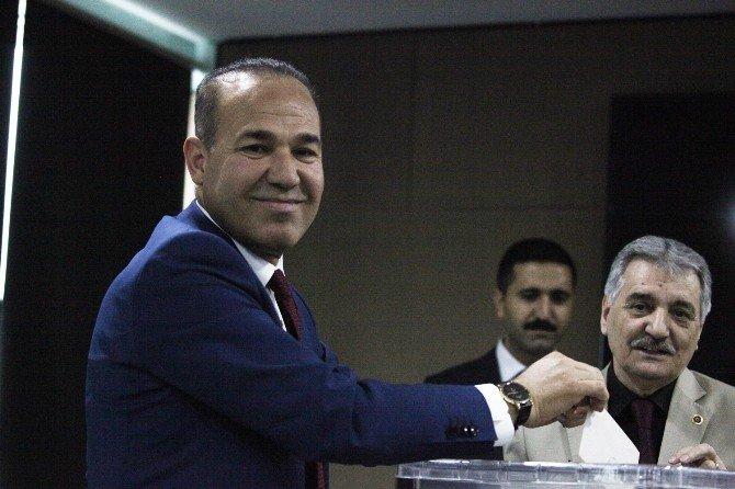 Büyükşehir'de Yeni Meclis Başkanvekilleri Seçildi