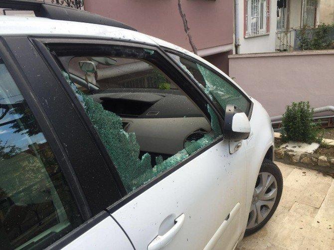 Belediye Başkanının Park Halindeki Aracına Silahlı Saldırı