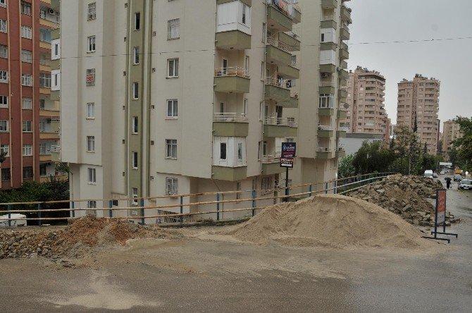 Çukurova'da Tehlike Oluşturan Yollar Yapılıyor