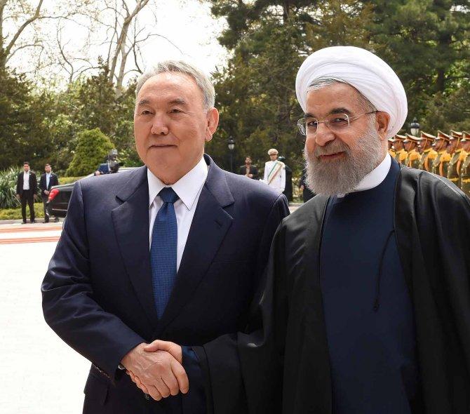 Nazarbayev, İran ziyaretinden 2 milyar dolarlık anlaşmalarla döndü
