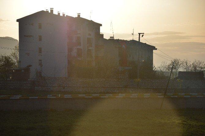 Bomba Yüklü Tankerle Yapılan Saldırının Şiddeti Gün Ağarınca Ortaya Çıktı