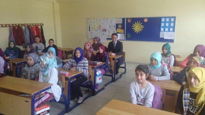 AK Parti Kütahya Milletvekili İshak Gazel, Ahteri İmam Hatip Ortaokulu'nu Ziyaret Etti