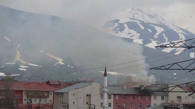 Yüksekova'da Operasyon Devam Ediyor
