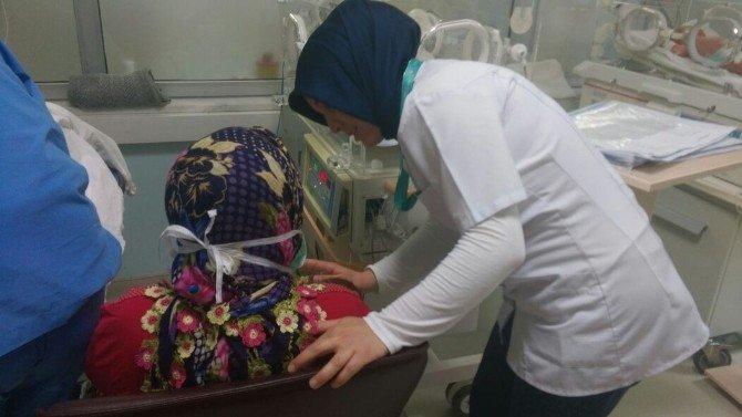 Çanakkale Devlet Hastanesi Personeline Anne Sütü Eğitimi