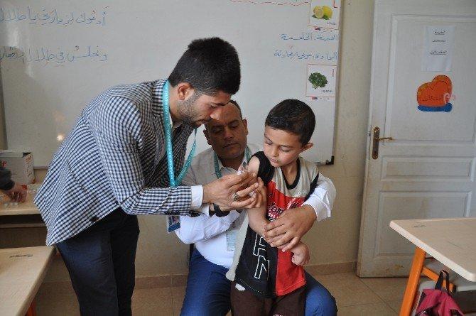 Reyhanlı'da 3 Bin Suriyeli Çocuğa Aşı