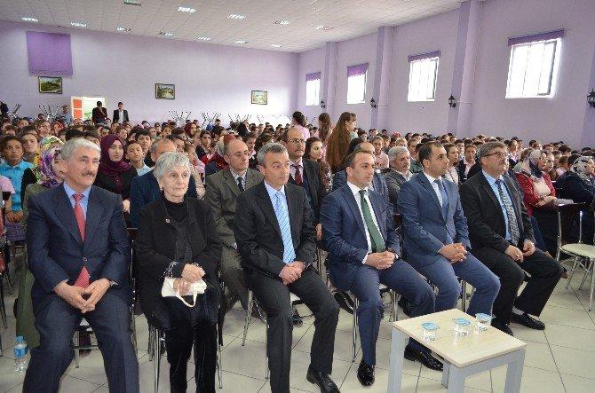 Torunu Kargı'da Mehmet Akif Ersoy'u Anlattı