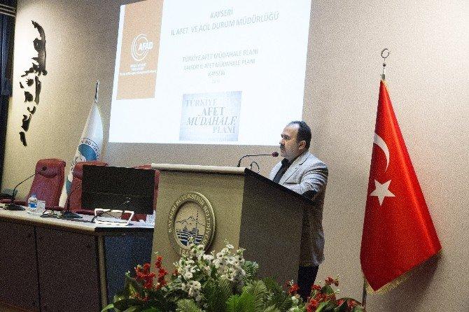 Belediye Personeline 'Doğal Afet' Semineri