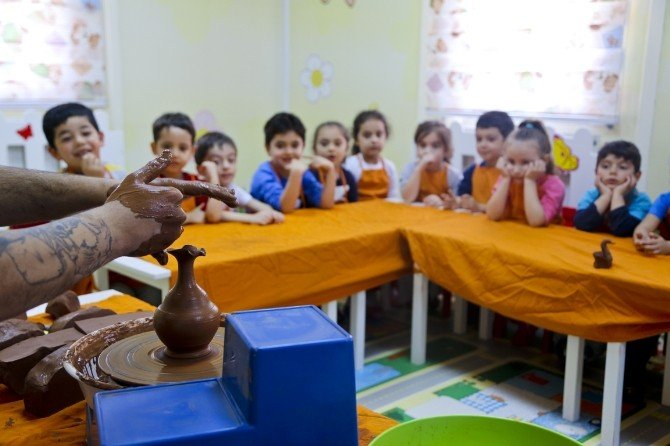 Kreş Öğrencilerine Çömlek Eğitimi