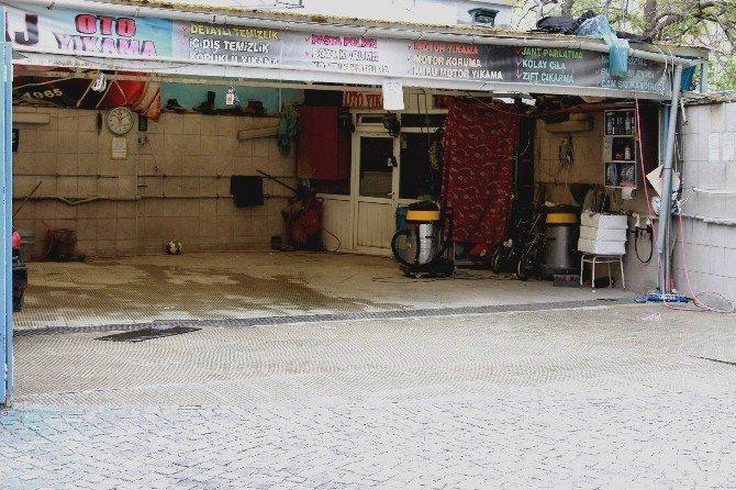 Nisan Yağmurları Oto Yıkamacıları Vurdu