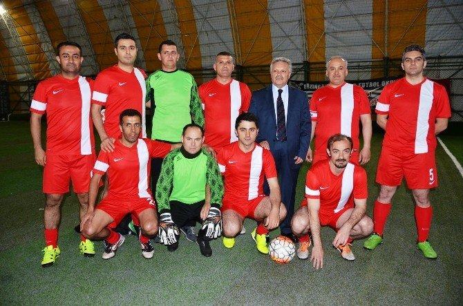 Erzincan'da Adnan Tanalı Olgunlar Ligi Başladı