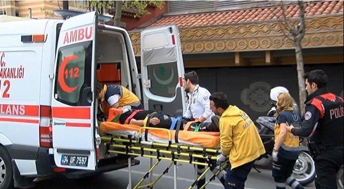 Yunus Polisleri Ticari Taksinin Kapısına Çarptı: 2 Yaralı