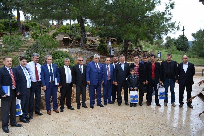Kozan'da dar gelirli aileler için ucuz konut projesi