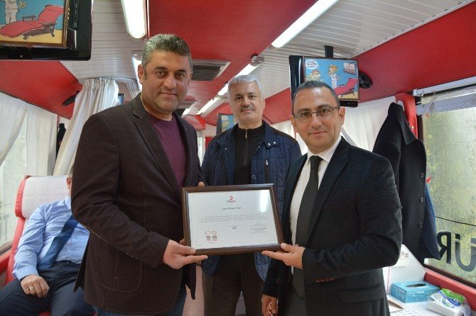 Alaçam'da Kan Bağışına Yoğun İlgi