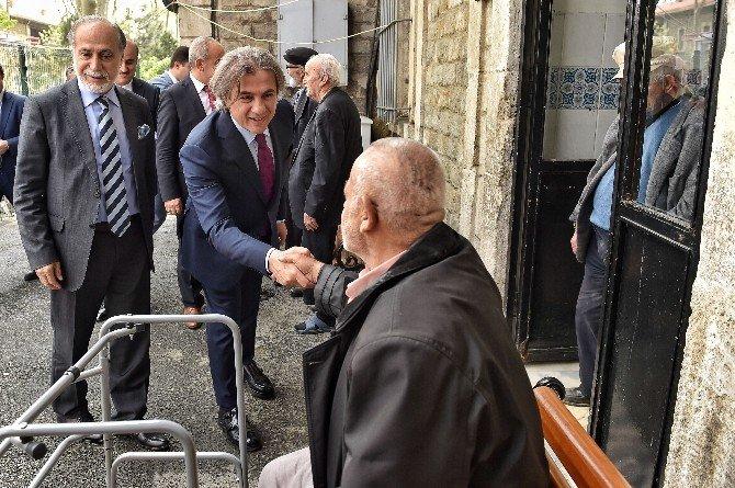 Başkan Demircan, Darülaceze Sakinleriyle Buluştu