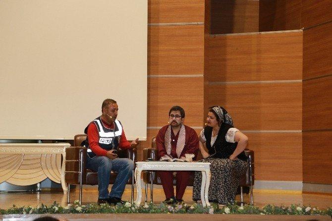 Emniyet Teşkilatının 171. Yıl Dönümü Tiyatro Gösterisi İle Kutlandı