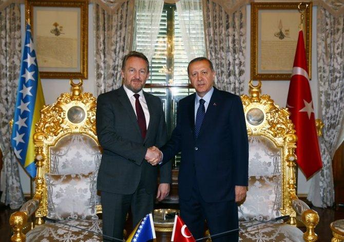Cumhurbaşkanı Erdoğan, Bakir İzzetbegoviç ile görüştü