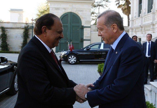 Cumhurbaşkanı Erdoğan, Pakistan Cumhurbaşkanı Memnun Hüseyin'i Kabul Etti