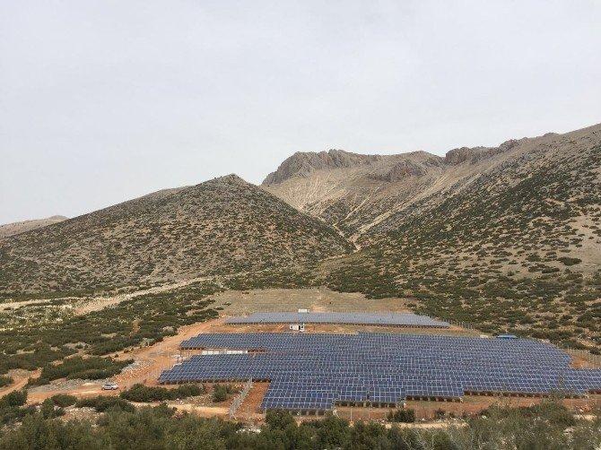 Öğrenciler Güneş Enerjisini İnceledi