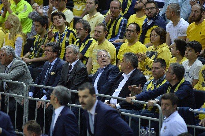 Fenerbahçe Son Euroleague Şampiyonunu Devirdi