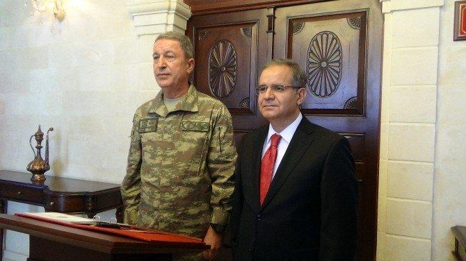 Genelkurmay Başkanı Ve MİT Müsteşarı Kilis'te