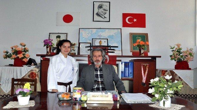 Bandırmalı Karateci Avrasya Şampiyonası'nda Balıkesir'i Temsil Edecek