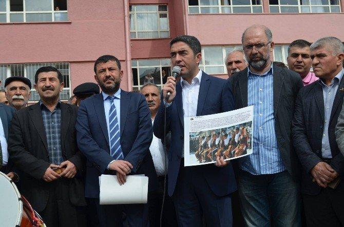 CHP'lilerden Halk Oyunu Paylaşımına Halaylı Tepki