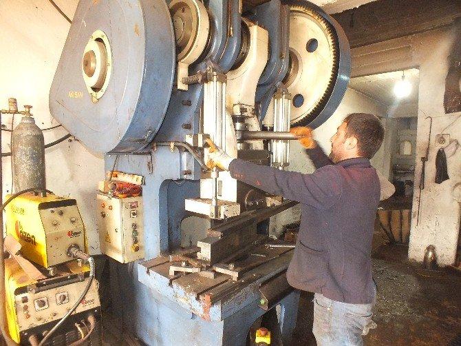 Malazgirt'te Tarım Aletleri Üretimi