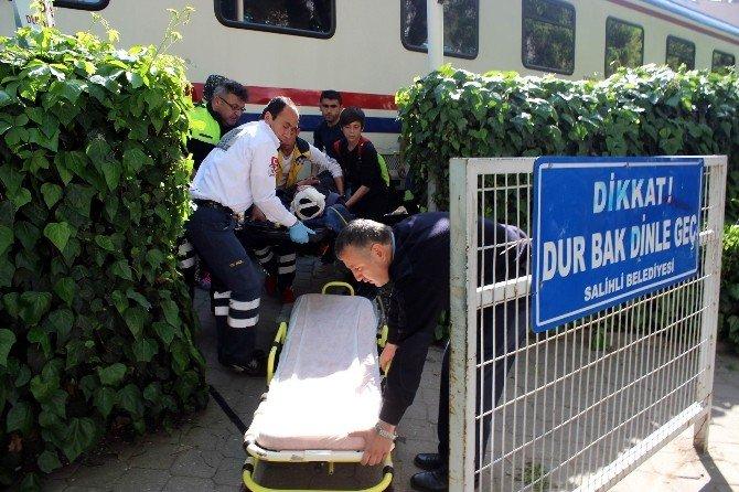 Manisa'da Tren Kazası: 1 Ağır Yaralı