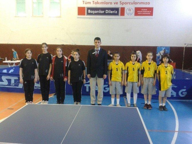 Okullar Masa Tenisinde Yarıştı