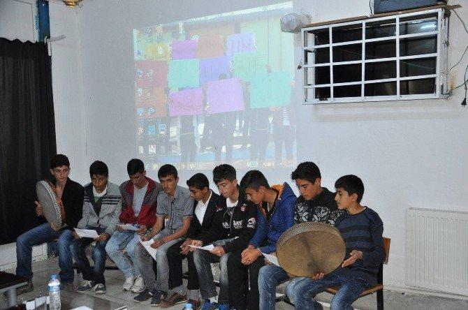 Bozova Kaymakamı Okuldaki Programa Katıldı